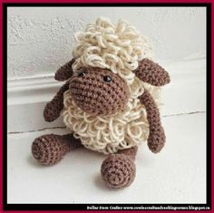 Dollar Store Crafter: Crochet Sheep (FREE PATTERN)