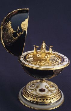 The 19 Most Beautiful Fabergé Eggs for a Dream Easter Basket Instead of the Cadbury kind, here's a look at a few bejeweled versions worth millions and millions. Objets Antiques, Fabrege Eggs, Egg Art, Objet D'art, Easter Baskets, Chandeliers, Easter Eggs, Snow Globes, Ancient Artifacts