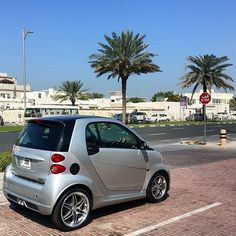 Nothing like a smart to brighten up your day. When was the last time your smart got smiles? This smart passion coupe will keep you smiling on the road. Photo via @dubaione on Instagram. Benz Smart, Smart Car, Smart Passion, Smart Fortwo, Your Smile, Mercedes Benz, Van, Amazing, Instagram