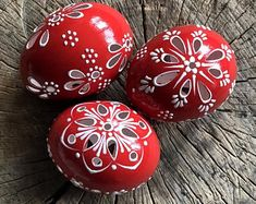 Set of 11 Hand Decorated Colours Painted Chicken Easter Egg, Traditional Slavic Wax Pinhead Chicken Egg, Kraslice, Pysanka Egg Crafts, Easter Crafts, Diy And Crafts, Red Chicken, Chicken Eggs, Egg Designs, Egg Art, Egg Decorating, Lady Bug