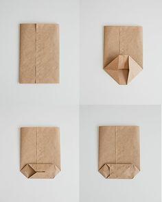 manualidades de papel, instrucciones para hacer una bolsita de caramelos con papel kraft doblado