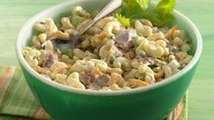 Ingredients   1 package (7 oz) elbow macaroni 1/2 cup frozen green peas, thawed 1 can (9 oz) tuna, drained