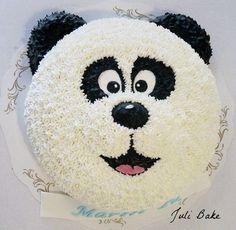 Panda cake – Pastry World Panda Birthday Cake, Beautiful Birthday Cakes, Baby Birthday Cakes, Cake Decorating Videos, Birthday Cake Decorating, Cake Decorating Techniques, Cake Designs For Kids, Buttercream Birthday Cake, Panda Cakes