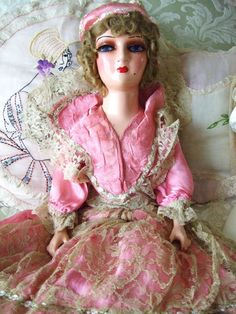 Fabulous all original vintage WKS Keeneye Boudoir Bed by aeranth, $152.00