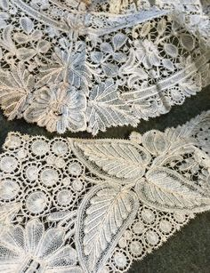 Fine Antique Brussels Lace Collar Point Duchesse de Gaze Floral Scroll Vintage   eBay
