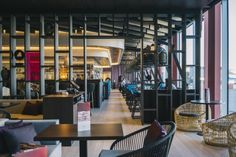 Brand specialists UXUS has designed Kebaya, positioned as the highlight of the new Departure Lounge 2 at Amsterdam Airport Schiphol. The Kebaya brand was created by UXUS in partnership with HMSHost International, the world's largest provider of food and beverage for travellers.