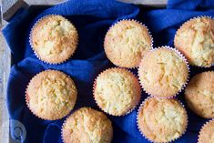 Appel-citroen cupcakes Healthy Recipes, Healthy Food, Muffin, Cupcakes, Breakfast, Om, Healthy Foods, Morning Coffee, Cupcake Cakes