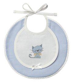 patterner baby baberos - Buscar con Google Pattern Baby, Baby Patterns, Sewing Patterns, Cross Stitch Baby, Free Machine Embroidery Designs, Heirloom Sewing, Baby Crafts, Baby Decor, Baby Sewing