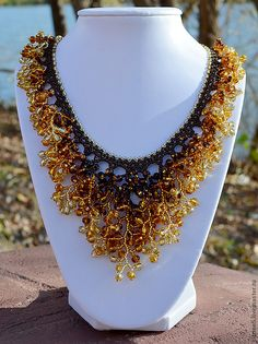 Inspirational samples on page - handmade kit Golden Autumn: necklaces and earrings.Love the use of ombre in the fringe****** Beaded Jewelry, Handmade Jewelry, Beaded Necklace, Beaded Bracelets, Necklaces, Earrings Handmade, Jewellery, Semi Precious Beads, Fringe Necklace