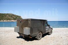 KoMa Concept 100 mit 190cm Fahrzeughöhe, 80cm Hubdach ein Raumwunder auf 4 Rädern. Hier auf Evia, Griechenland. Toyota, Recreational Vehicles, Concept, Greece, Rolling Stock, Campers, Single Wide