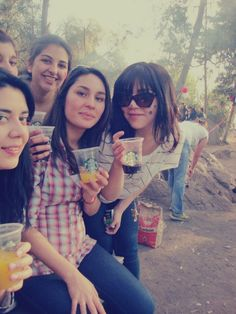 Sipping on Starbucks with friends <3