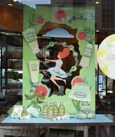 VMD Easy Diy Crafts easy diy crafts for christmas Window Display Design, Pos Display, Store Window Displays, Retail Displays, Shop Displays, Pop Design, Booth Design, Promotion Display, Cosmetic Display