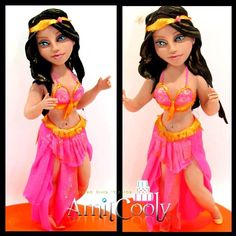 Belly dancer Freehand sculpting - Cake by Nili Limor
