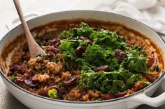 Chorizo Risotto with Kale - Chorizo is the key to the beautiful flavours in this risotto! Chorizo Risotto, Chicken Risotto, Risotto Rice, Mushroom Risotto, Parmesan Recipes, Kale Recipes, Risotto Recipes, Chicken Thighs Mushrooms, Recipetin Eats