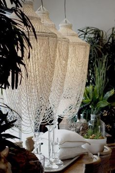 ** Spectacular Options to a Chandelier / Wedding ceremony Fashion Inspiration Shell Chandelier, Chandelier Bedroom, Beaded Chandelier, Chandelier Shades, Chandeliers, Chandelier Wedding, Diy Lustre, Thai Decor, Deco Boheme Chic