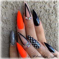 There are three kinds of fake nails which all come from the family of plastics. Acrylic nails are a liquid and powder mix. They are mixed in front of you and then they are brushed onto your nails and shaped. These nails are air dried. Pointy Nails, Stiletto Nail Art, Cute Acrylic Nails, Pastel Nails, Coffin Nails, Dope Nails, Bling Nails, Fun Nails, Glitter Nails