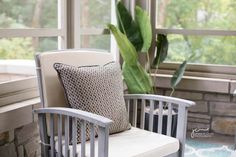 West Metro Home Staging Decor, Living Room Decor, Home, Interior, Small Living Rooms, Living Room Goals, Living Room Style, Home Staging, Room