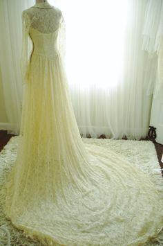 Original Maurer Vintage 1940's Ivory Lace Wedding Dress & Veil, with Beaded Collar and Button Front  $646.43 AUD