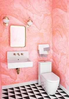 Beautiful Pink Marble Wallpaper Ideas For Home Interior Design Chic Bathrooms, Amazing Bathrooms, Bathroom Storage, Small Bathroom, Bathroom Pink, Bathroom Ideas, Marble Bathrooms, Bathroom Trends, Bathroom Designs