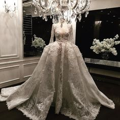 #hautecouture#wedding#dress#floral#lace#details#bridal#couture#fashion