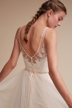 15 Lace Back Wedding Dresses & Gowns