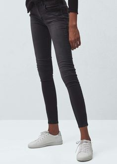 Shinny crop skinny jeans   MANGO