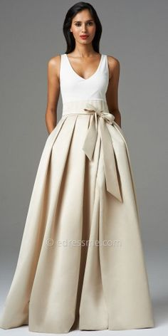 Make a grand entrance at your next gala or black-tie affair in this timeless Aidan Mattox ballgown, featuring a creamy i...Price - $495.00 - towkRU3Z