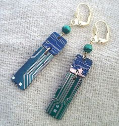 Circuit board jewelry is second life for recycled hardware - TechRepublic- 7