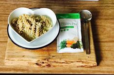 """Louise Roberts on Instagram: """"Ooooooeeeeee never thought of this idea 😍🙊 Juice plus complete vegtable soup with chicken and wholemeal pasta 🍽 yummmyyyy ❤️ . . . . .…"""" Juice Plus Complete, Healthy Choices, Healthy Lifestyle, Workout Hair, Oatmeal, Soup, Pasta, Nutrition, Healthy Recipes"""
