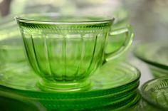 Hey, I found this really awesome Etsy listing at https://www.etsy.com/listing/399701249/federal-green-depression-glass-colonial