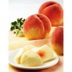 <山梨県>日本屈指の生産量を誇る桃の産地から、ジューシーな美味しさを。【山梨県産水蜜桃】- Yamanashi (bigger than your face) White Peaches
