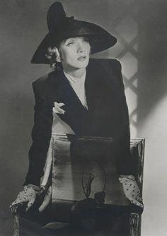 Marlene Dietrich - 1942 - Photo by Horst P. Horst (German-American, 1906-1999) - @~ Watsonette