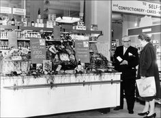 MyGlasgow - Archive Services - Exhibitions - Barkers of Kensington - Photo gallery - Departments - Grocery 2 Vintage London, Old London, London City, Vintage Shops, City Architecture, Ancient Architecture, Fulham, London Photos, Shop Interiors