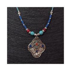 collier perle asiatique homme