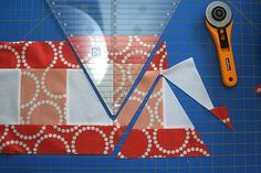 Bloom Bloom Pow triangle cutting by freshlypieced, via Flickr. Cool idea