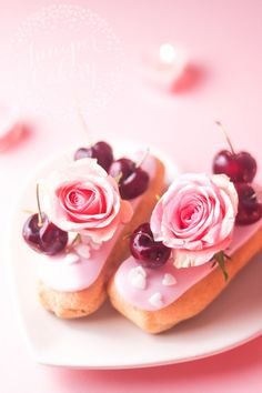 Cherry and Rose Bellini Eclairs Recipe for Valentine's Day! Pastry Recipes, Gourmet Recipes, Dessert Recipes, Donuts, Eclair Recipe, Macarons, Cupcake Tutorial, Kawaii Dessert, Raspberry Cake