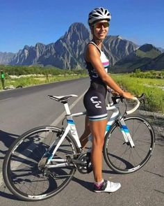 As a beginner mountain cyclist, it is quite natural for you to get a bit overloaded with all the mtb devices that you see in a bike shop or shop. There are numerous types of mountain bike accessori… Women's Cycling, Cycling Wear, Cycling Girls, Cycling Outfits, Cycling Workout, Cycling Jerseys, Bicycle Women, Road Bike Women, Bicycle Girl