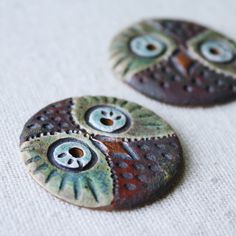 Clay ( buttons or component pieces ) kylie parry studios Ceramic Pendant, Ceramic Jewelry, Ceramic Beads, Ceramic Clay, Clay Beads, Clay Owl, Polymer Clay Art, Polymer Clay Jewelry, Clay Projects