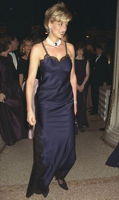 Princess Diana in Dior, at the Met Gala1996. Slip Dressing. Zippertravel. #DrStyle