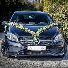 Bridal car car jewelry wedding car deco car garland door bows white / pink - Decoration For Home Wedding Car Decorations, Wedding Cars, Bridal Car, Bmw Autos, Bride Hairstyles, Car Car, Most Beautiful Pictures, Wedding Jewelry, Wedding White