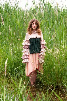 Outfit for Feel the Yarn 2018 / Cathrin Baer Yarnsponsor: Linsieme Filati S. Designer, Feelings, Knitting, Outfits, Dresses, Fashion, Textile Design, Kunst, Vestidos