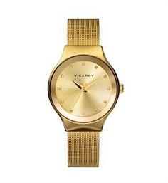 Es fascinante, todo lo que propone este reloj viceroy, el color dorado en todos los sentidos, pero más valor si cabe los destellos de luz de sus zirconitas blancas. www.relojes-especiales.net #oro #zirconitas #mallamilanesa
