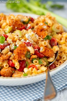 Easy Buffalo Chicken Pasta Salad Maybe red bell pepper (roasted?) instead of cherry tomatoes? Easy Buffalo Chicken Pasta Salad Maybe red bell pepper (roasted?) instead of cherry tomatoes? Buffalo Chicken Pasta Salad, Chicken Pasta Salad Recipes, Creamy Pasta Salads, Best Pasta Salad, Summer Pasta Salad, Savory Salads, Ranch Chicken, Summer Salads, Salad Dishes
