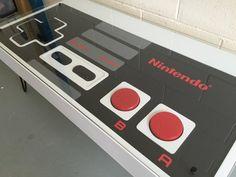 Nintendo Controller Couchtisch. Begrenzte Stückzahl von UpUpSquare