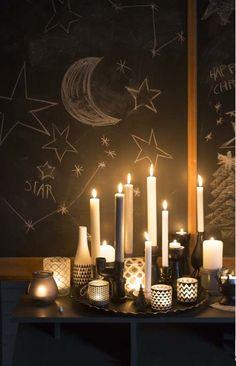 KARWEI   Groepeer kandelaars en lichtjeshouders met allerlei dessins en koester je in het zachtjes flonkerende licht. #karwei #kerst #wooninspiratie