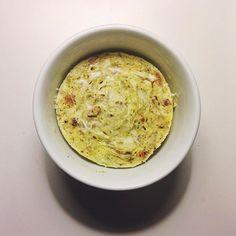 4Dia - refeição4: Fiz o #oeufsencocotte porém sem queijo  Fiz assim: 2 ovos pedaços de bacon frito usei a gordura da frigideira e refoguei repolho (temperei com alho e orégano) 2 colheres de sopa de leite de coco. Dei uma mexida leve e levei ao micro por 3min. Ficou sensacional  by paleolizando.ka