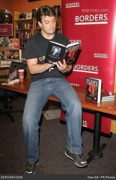 I'm sure these jeans are the 7 For All Mankind Austyn Relaxed Fit. Clearly, it doesn't work with a t-shirt even for Nathan Fillion. Nathan Fillion Firefly, Nathan Fillon, Celebrities Reading, Richard Castle, Castle Tv Shows, Castle Beckett, Stana Katic, Book Nerd, Celebrity Crush