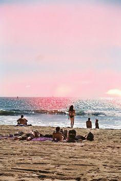 Summer Looks 2018 Ideas Picture Description Beach time Summer Dream, Summer Of Love, Pink Summer, Summer Nights, Summer Vibes, Voyage Europe, Summer Sunset, Beach Sunrise, Summer Feeling