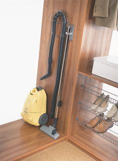 Vysavač i žehlička mohou mít své místo
