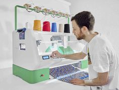 Kniterate is a compact industrial knitting machine created for designers and entrepreneurs that facilitates the one-off creation of garments. Built by London-based designer Gerard Rubio, Kniterate is meant to act as a sort of 3D printer for knitwear, allowing you to create digital designs in Photosh